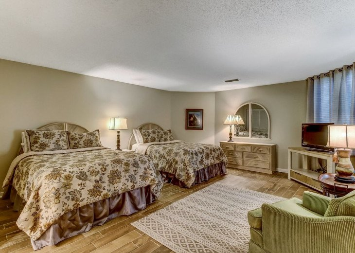 DESIRABLE OCEANSIDE PET FRIENDLY WITH FREE WIF #21
