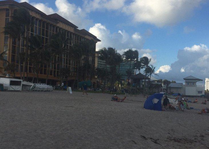 Deerfield Beach Condo behind the Wyndham #32