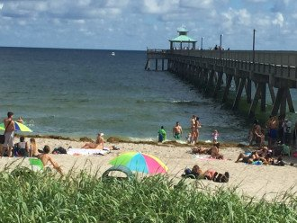 Deerfield Beach Condo behind the Wyndham #1