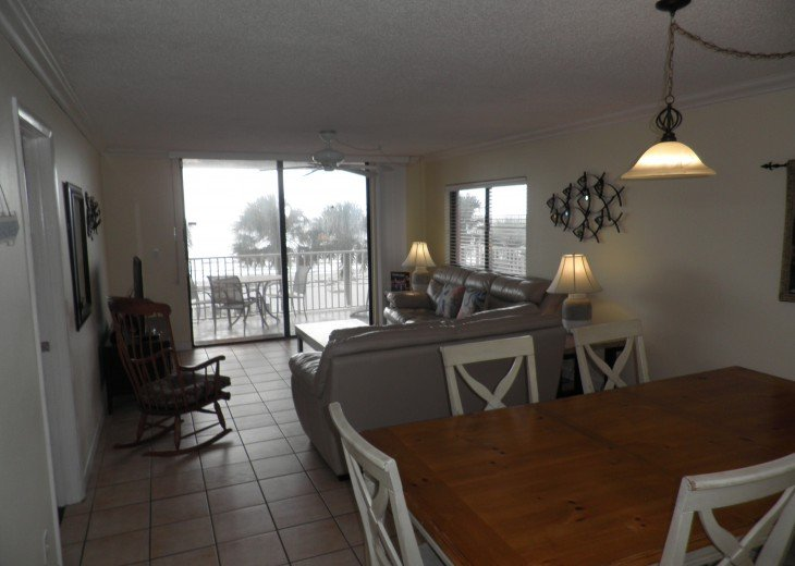 Fabulous End Unit - Huge Balcony Overlooking Beach #18