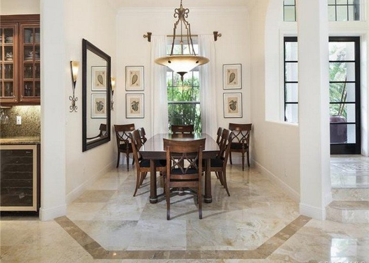 Palma Real Beach House ~ Located in the heart of Olde Naples #9