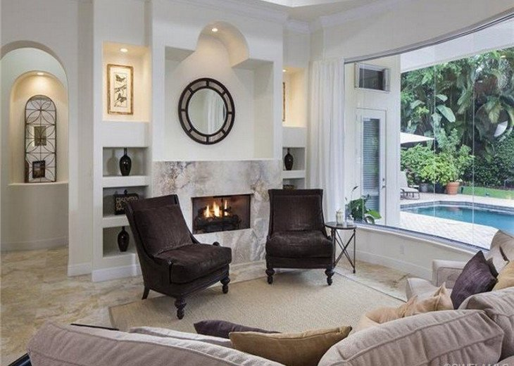 Palma Real Beach House ~ Located in the heart of Olde Naples #3
