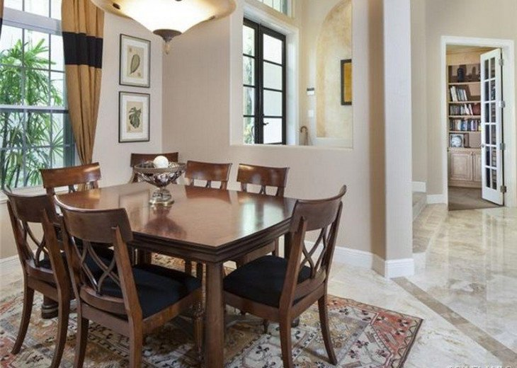 Palma Real Beach House ~ Located in the heart of Olde Naples #8