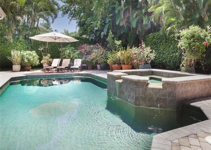 Palma Real Beach House ~ Located in the heart of Olde Naples #15
