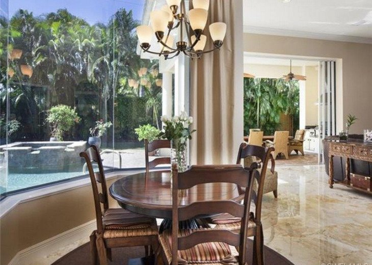 Palma Real Beach House ~ Located in the heart of Olde Naples #7