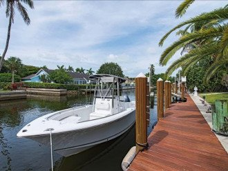 Manatee Cove Beach House ~ Walk to famous 3rd Street shopping and dining ~ #1