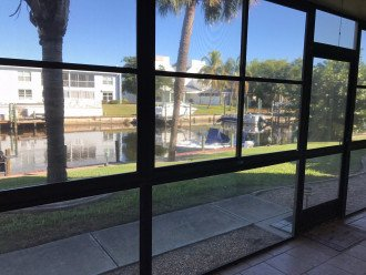 2/2 Waterfront Condo, Pet-Friendly, Boat Dock, Fishing, Canoe, Pool! #1
