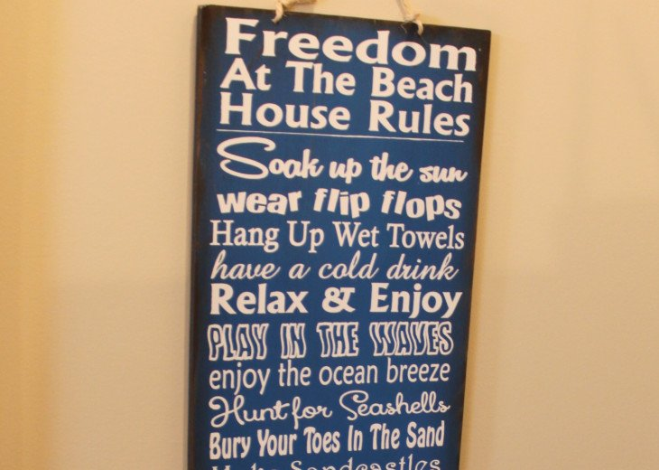 Gulf side, south of 30-A, steps to the beach! 5-STARS! WE ARE IN ROSEMARY #20