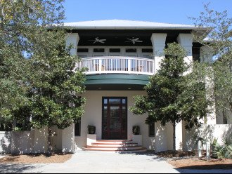 Gulf side, south of 30-A, steps to the beach! 5-STARS! WE ARE IN ROSEMARY #1