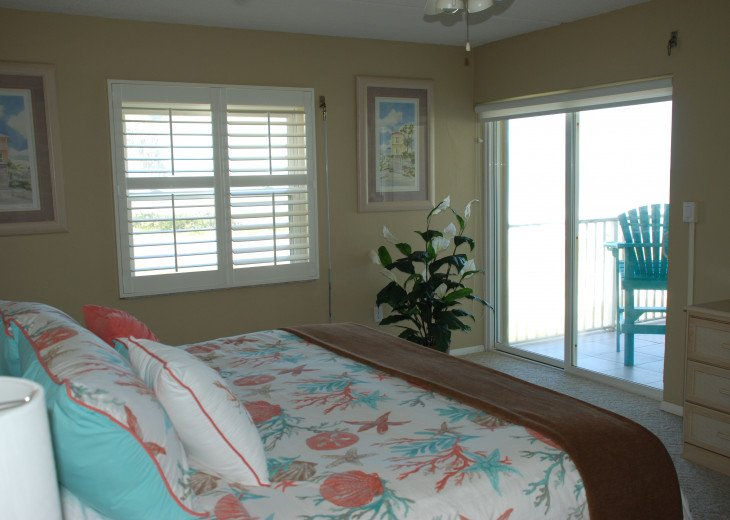 Seaside Retreat - Large 2BR/2BTH Ocean Front Condo #10