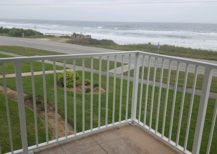 Seaside Retreat - Large 2BR/2BTH Ocean Front Condo #2