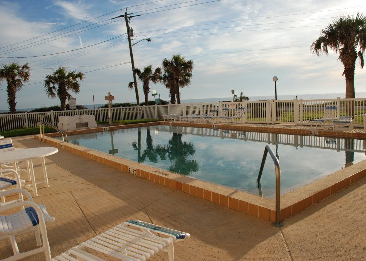 Seaside Retreat - Large 2BR/2BTH Ocean Front Condo #5