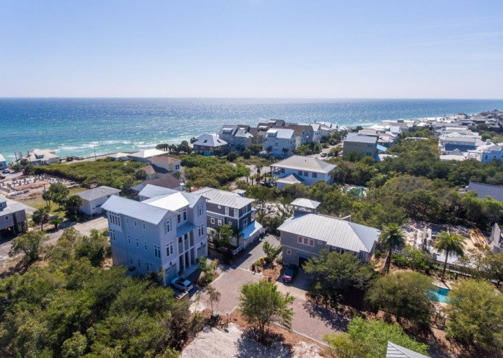 PANORAMIC OCEAN VIEWS, 2 Min. Walk to BEACH, POOL, 6 Bikes, Near Rosemary Beach! #74