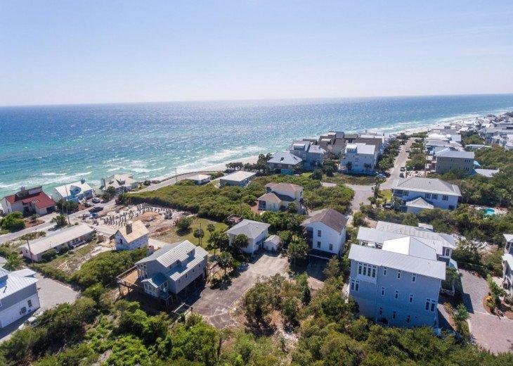 PANORAMIC OCEAN VIEWS, 2 Min. Walk to BEACH, POOL, 6 Bikes, Near Rosemary Beach! #73