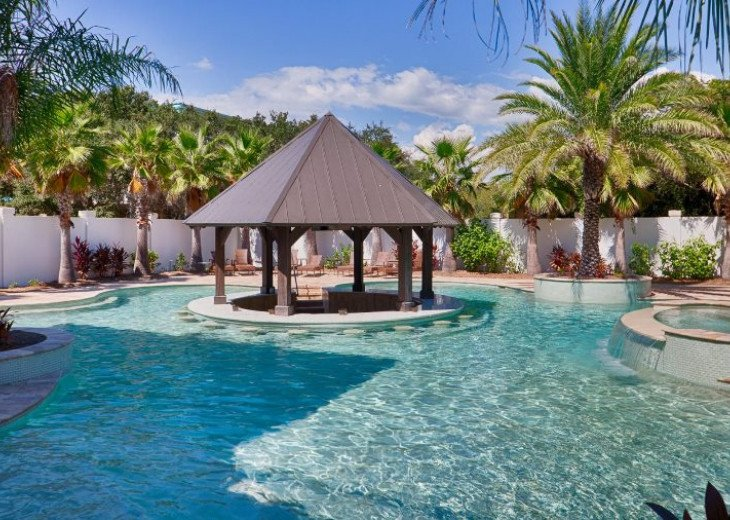As Sweet As Possible`s Lagoon Style Pool feat. Swim-Up Bar & Wet Bar