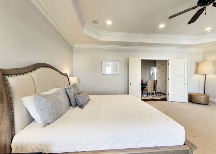 3rd floor Master King Suite w/ sitting area and private porch overlooking pool a