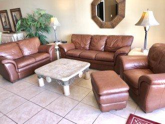 Living room w/sofa bed