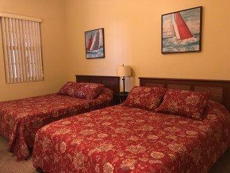 Guest room w/2 queen beds