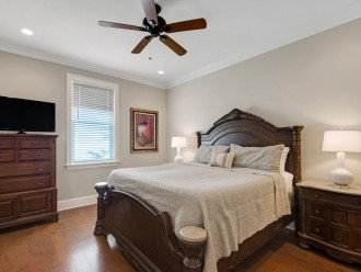 Third Floor Master King Suite with Private Bath