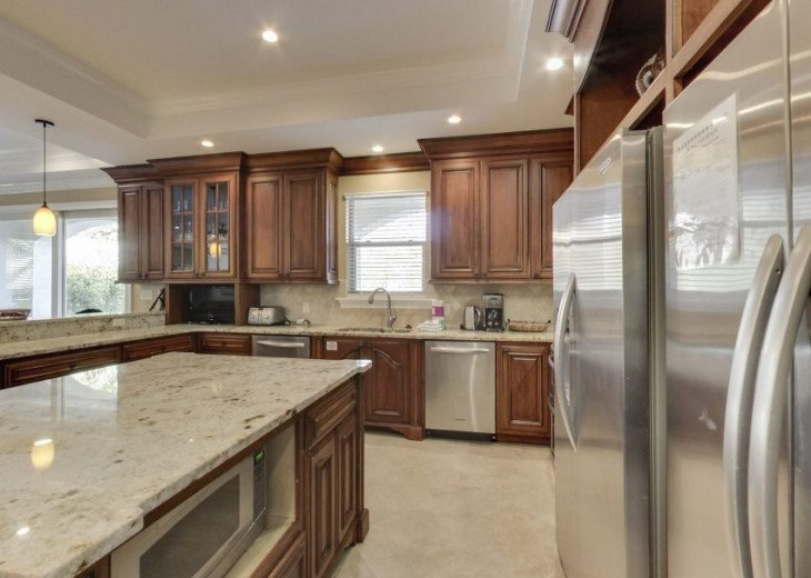 Fully Stocked and Upgraded Gourmet Kitchen feat. Stainless Appliances