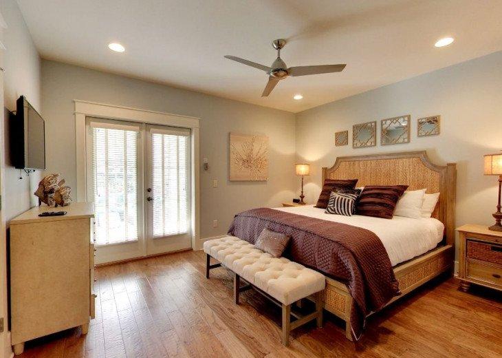 First Floor King Suite