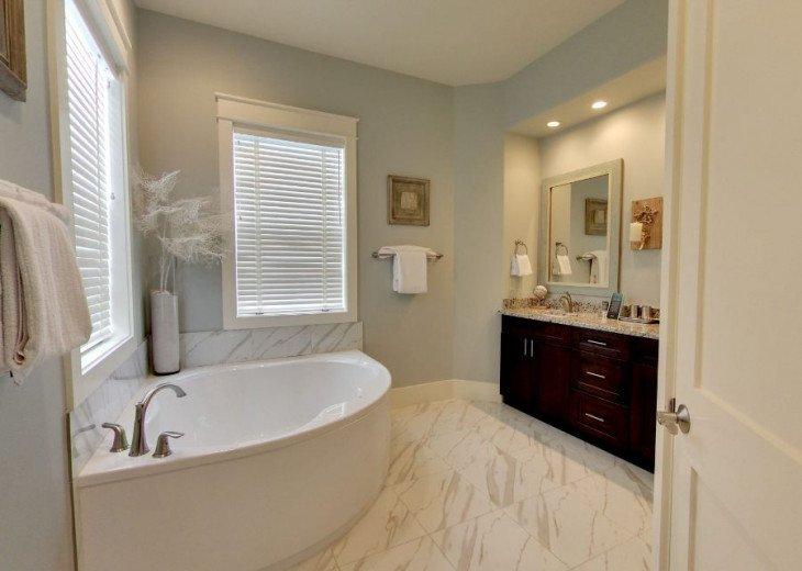 Master On Suite Bath