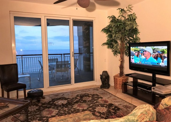 Beach Colony East, Magnificent 17th Floor Penthouse Views, directly beachfront #8