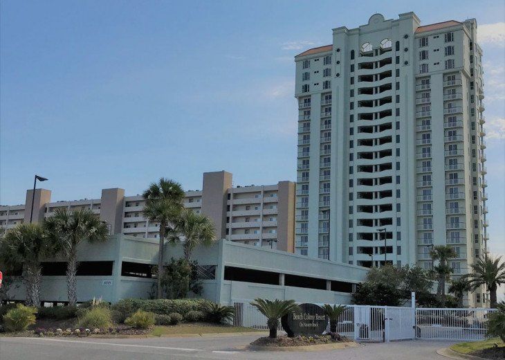 Beach Colony East, Magnificent 17th Floor Penthouse Views, directly beachfront #36
