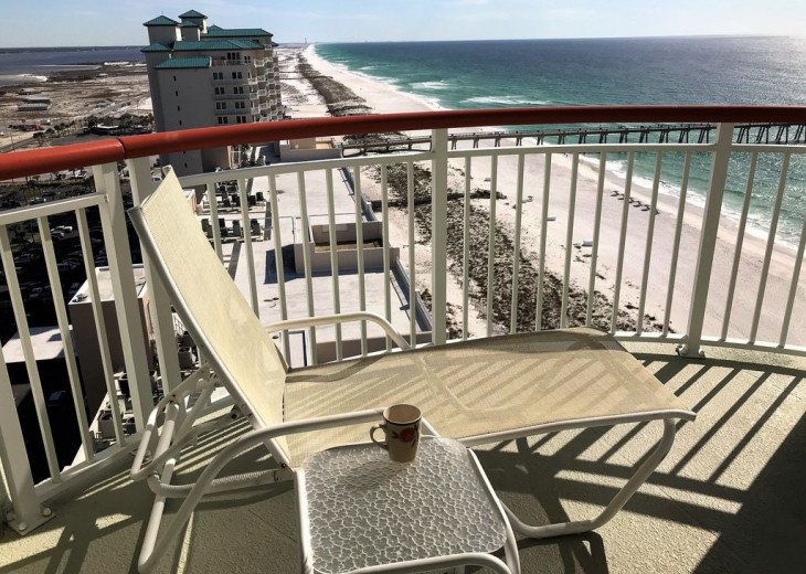 Beach Colony East, Magnificent 17th Floor Penthouse Views, directly beachfront #44