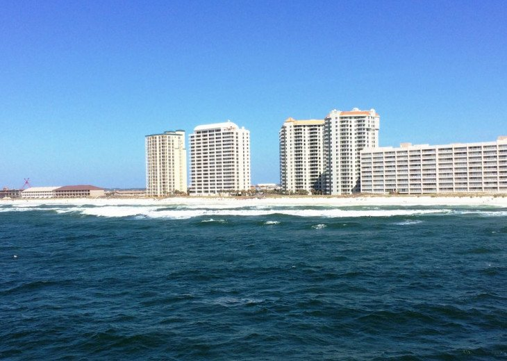 Beach Colony East, Magnificent 17th Floor Penthouse Views, directly beachfront #4
