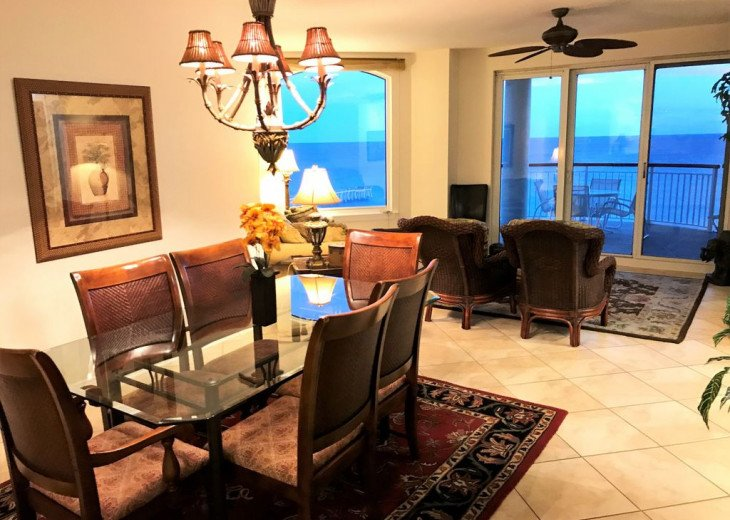 Beach Colony East, Magnificent 17th Floor Penthouse Views, directly beachfront #5