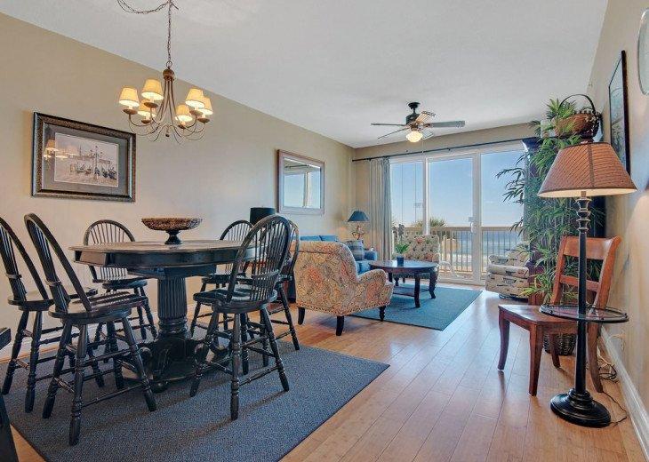 2nd Floor, wood floors, New TVs/Beds, best views, 1King, 3Full, 1Twin #3