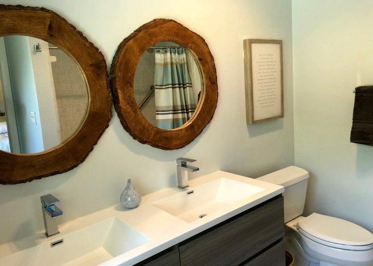 Newly Renovated 2 sink Master Bath