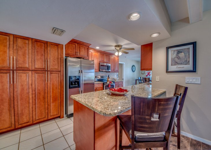Villa Pelican - Cape Coral 8 Lakes! Kayaks, Dock, Heated Pool #11
