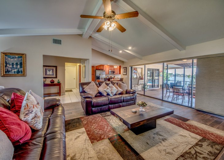 Villa Pelican - Cape Coral 8 Lakes! Kayaks, Dock, Heated Pool #26