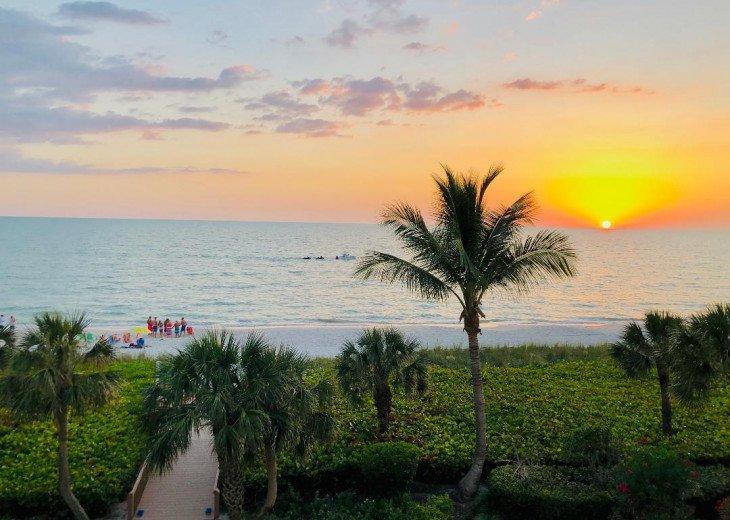 !!VANDERBILT BEACH!! BEACH, OCEAN, SUN & FUN, LIFE & LEISURE #27