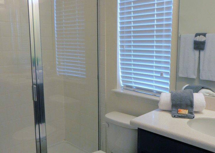 Beautiful Spacious Gated 7 Bedroom 6 Bathroom Villa Overlooking ConservationArea #31