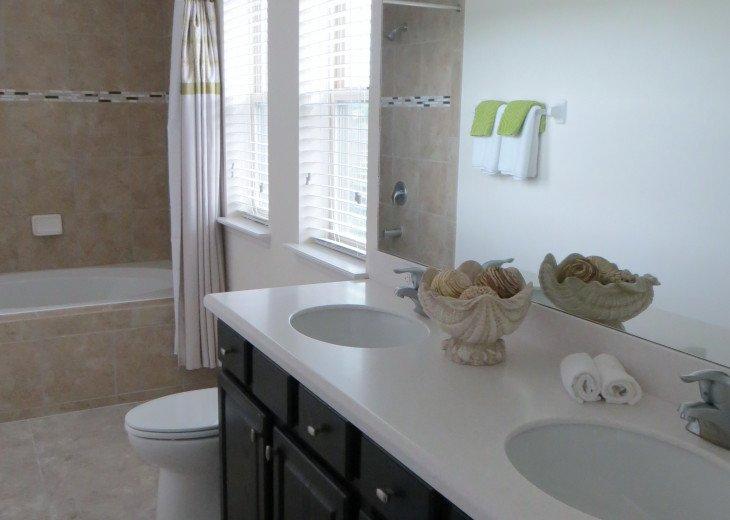 Beautiful Spacious Gated 7 Bedroom 6 Bathroom Villa Overlooking ConservationArea #28