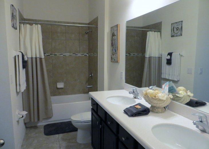 Beautiful Spacious Gated 7 Bedroom 6 Bathroom Villa Overlooking ConservationArea #14