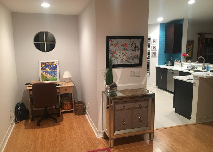 Best Spot in Naples! Gorgeous 3 BR/2 BA Coach Home! Newly Decorated! #18