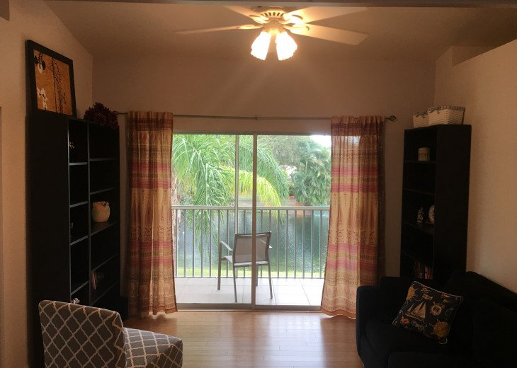 Best Spot in Naples! Gorgeous 3 BR/2 BA Coach Home! Newly Decorated! #19