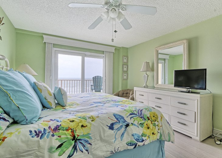 Collwood Condos Direct Beach View #15