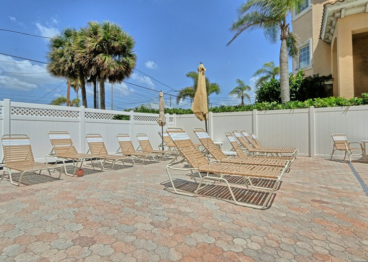 Collwood Condos Direct Beach View #38