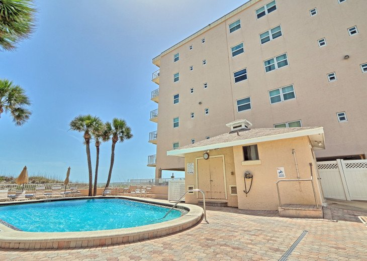Collwood Condos Direct Beach View #35