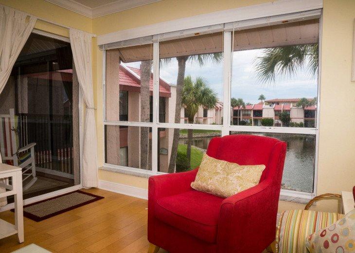 Dans Florida Condos - 1 bedroom 1 bath (Private Beach Access) Runaway Bay #2