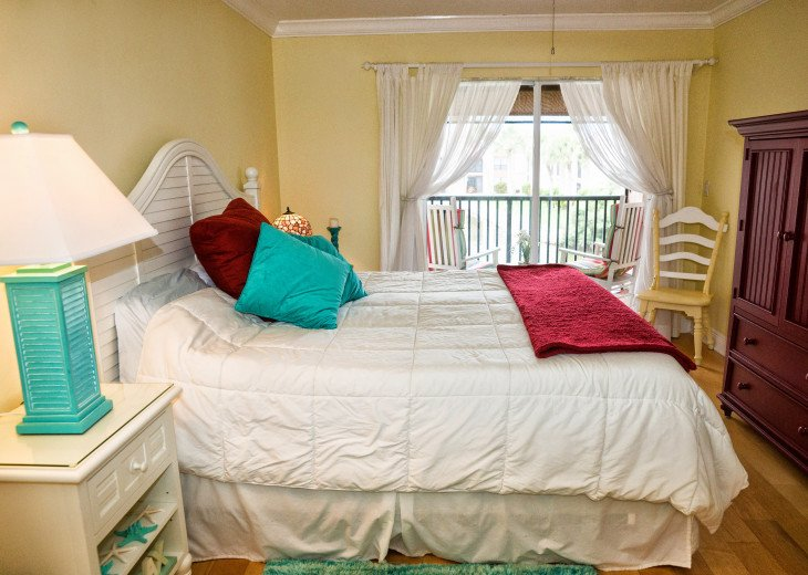 Dans Florida Condos - 1 bedroom 1 bath (Private Beach Access) Runaway Bay #7