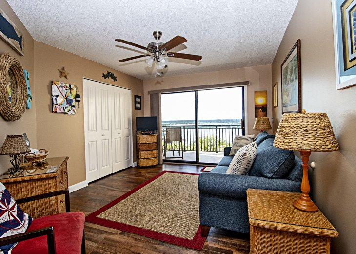 3rd Bedroom/Den with Balcony & View of Intracoastal Waterway