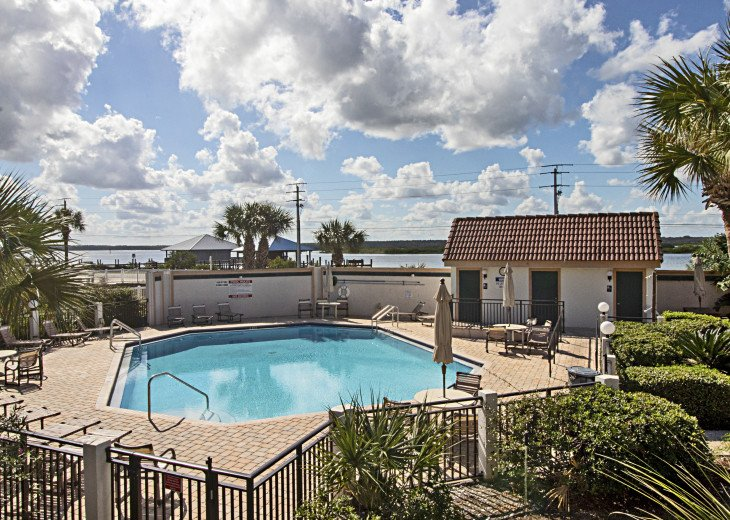 Pool and Restrooms on Intracoastal Waterway