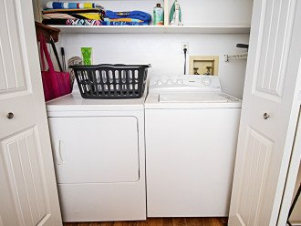 Laundry Closet with Full Size Heavy Duty Washer & Dryer and Shelves