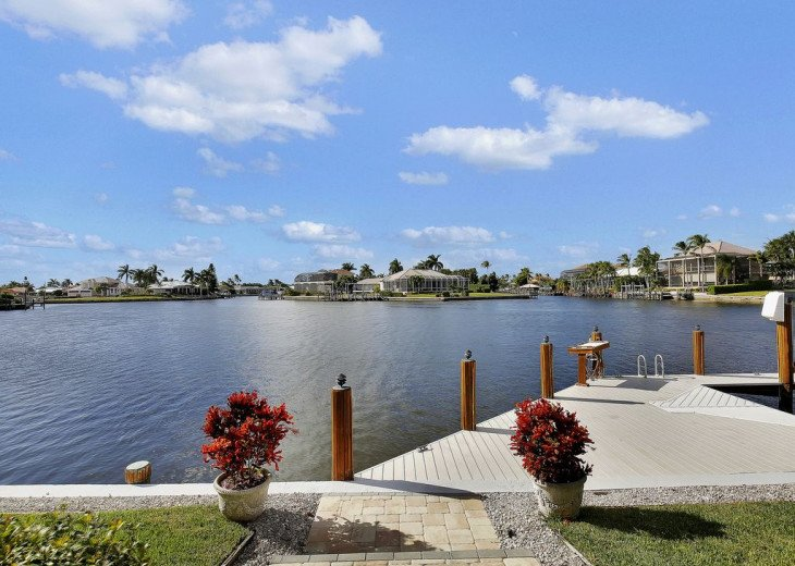 ~~LARGE HOME WITH FANTASTIC WATERVIEW & SUNSETS~~ #2